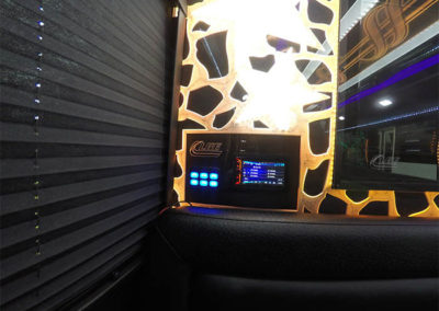 20-pass-bus_003